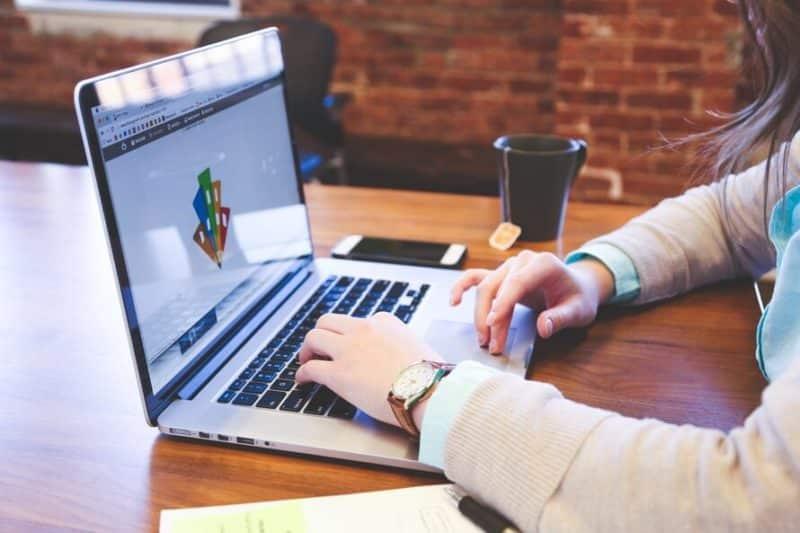 Descubra a real importância da presença digital para a sua empresa e como isso pode trazer mais oportunidades de negócios.