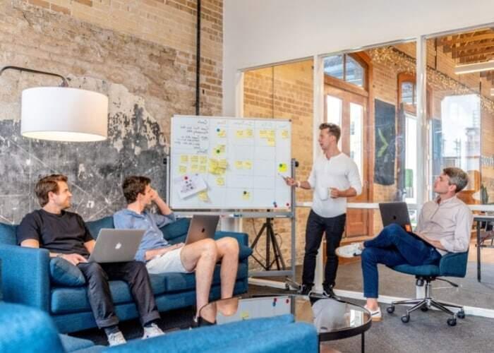 Descubra como elaborar e colocar em prática um plano de mídia digital sob medida para gerar resultados expressivos para sua empresa.